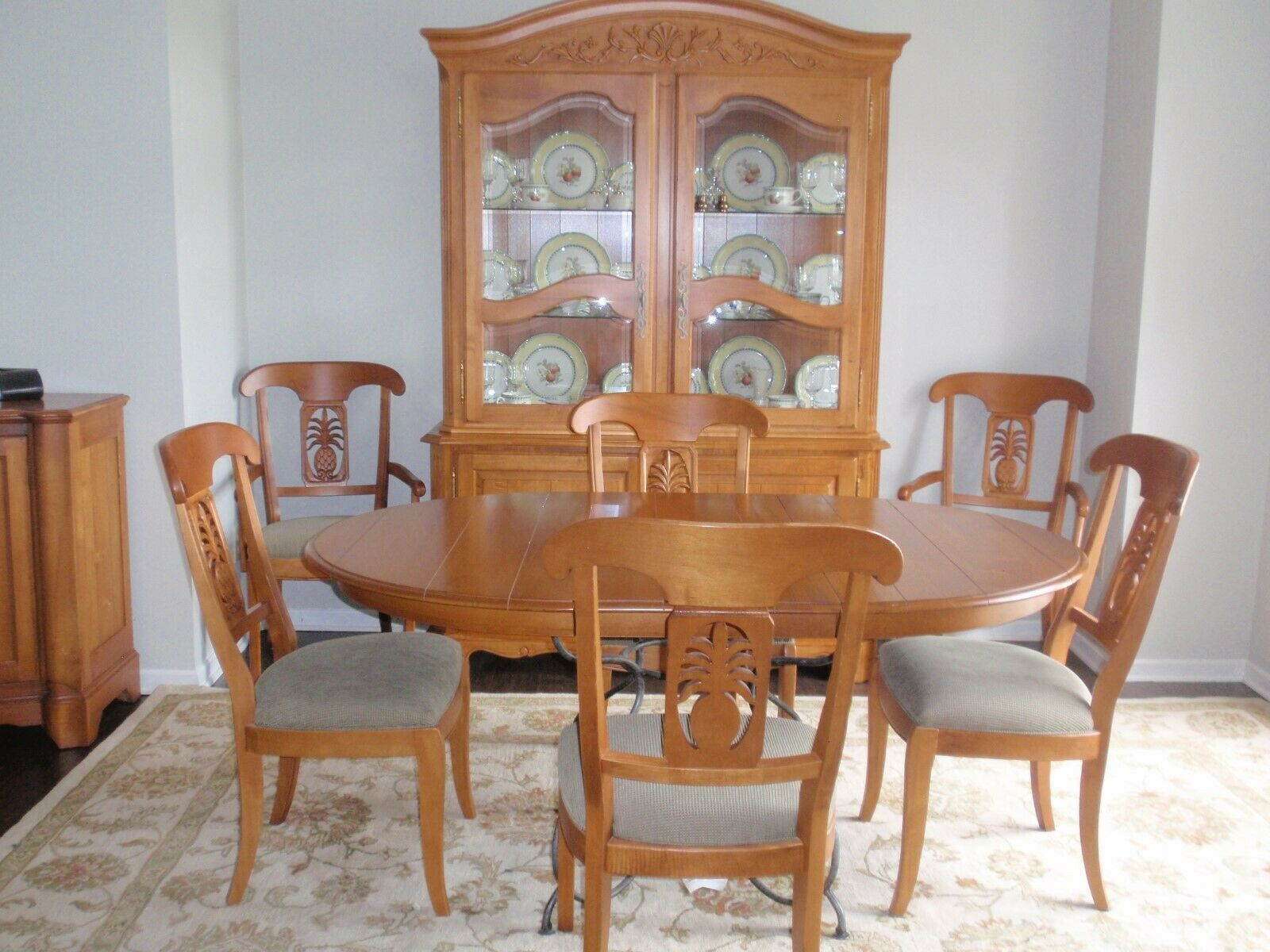 Ethan Allen Legacy Collection Dining Room Set ( table, chairs, hutch,  buffet)