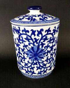 Cobalt-Blue-White-Scrollwork-Porcelain-Canister-Medium-Ginger-Jar-w-Lid-Willow