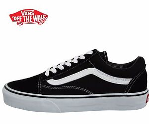 8d58457b43 Men s Vans Old Skool Fashion Sneaker Classic Black White Canvas ...