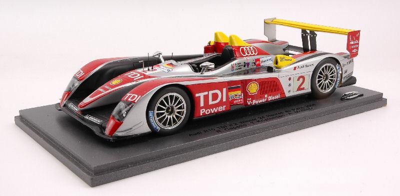 Audi R 10  2 Winner Lm 2008 1:24 Model SPARK MODEL