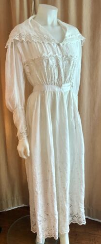 Antique Victorian White CottonEyelet Dress - image 1