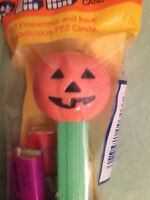 PUMPKIN HALLOWEEN PEZ DISPENSER #4 - GREEN STEM - In Original Packaging (smaller