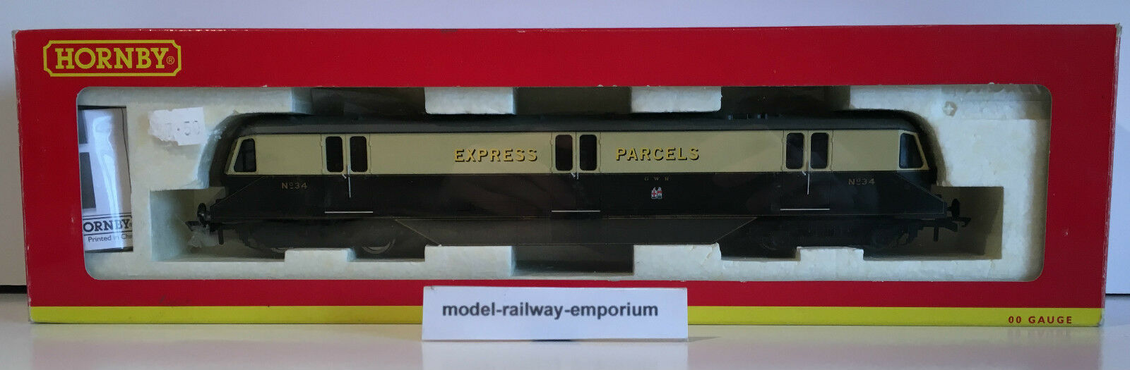 Hornby  R2876 - GWR DIESEL RAILCAR NO.34 USED BOXED - BARGAIN - DESIRABLE LOCO