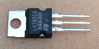 10stk  LM317T STM Spannungsregler TO-220 LM317 T Voltage Regulator TO220