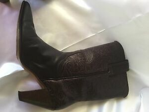 RM-WILLIAMS-Dark-Brown-Western-Cowgirl-Boots-Tooled-Genuine-Leather-Cuban-Heel