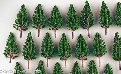 10/25 X Architecture Scenery Model Railway People Ho Oo Gauge Pine Trees 38mm T1 Firm In Structure