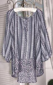 NEW-Plus-Size-2X-Gray-White-Floral-Peasant-Blouse-Print-Tie-Shirt-Top