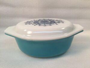 Vintage-PYREX-Turquoise-1-1-2-Qt-043-Casserole-Dish-w-Lid
