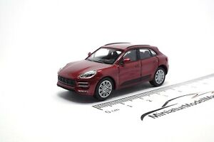 870067002-Minichamps-Porsche-Macan-turbo-rojo-metallic-1-87