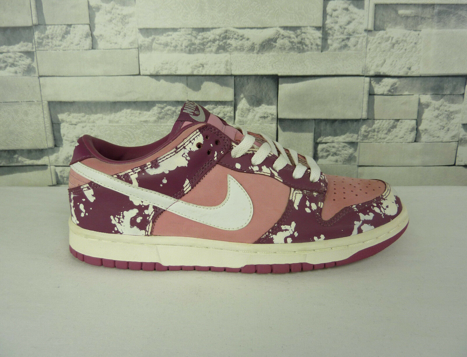 NEW NIKE DUNK LOW PREMIUM SPLATTER SNEAKERS DEADSTOCK SIZE 8.5 US - 10 US