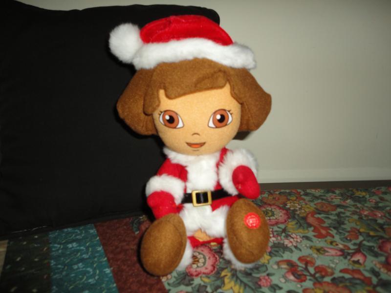 Nickelodeon Nick Jr DORA SANTA Christmas Talking Doll Battery Operated