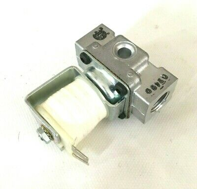 02965-1 Gas Solenoid Valve Robertshaw FJ G-LP 1//2 PSI 120V-60hz-013A
