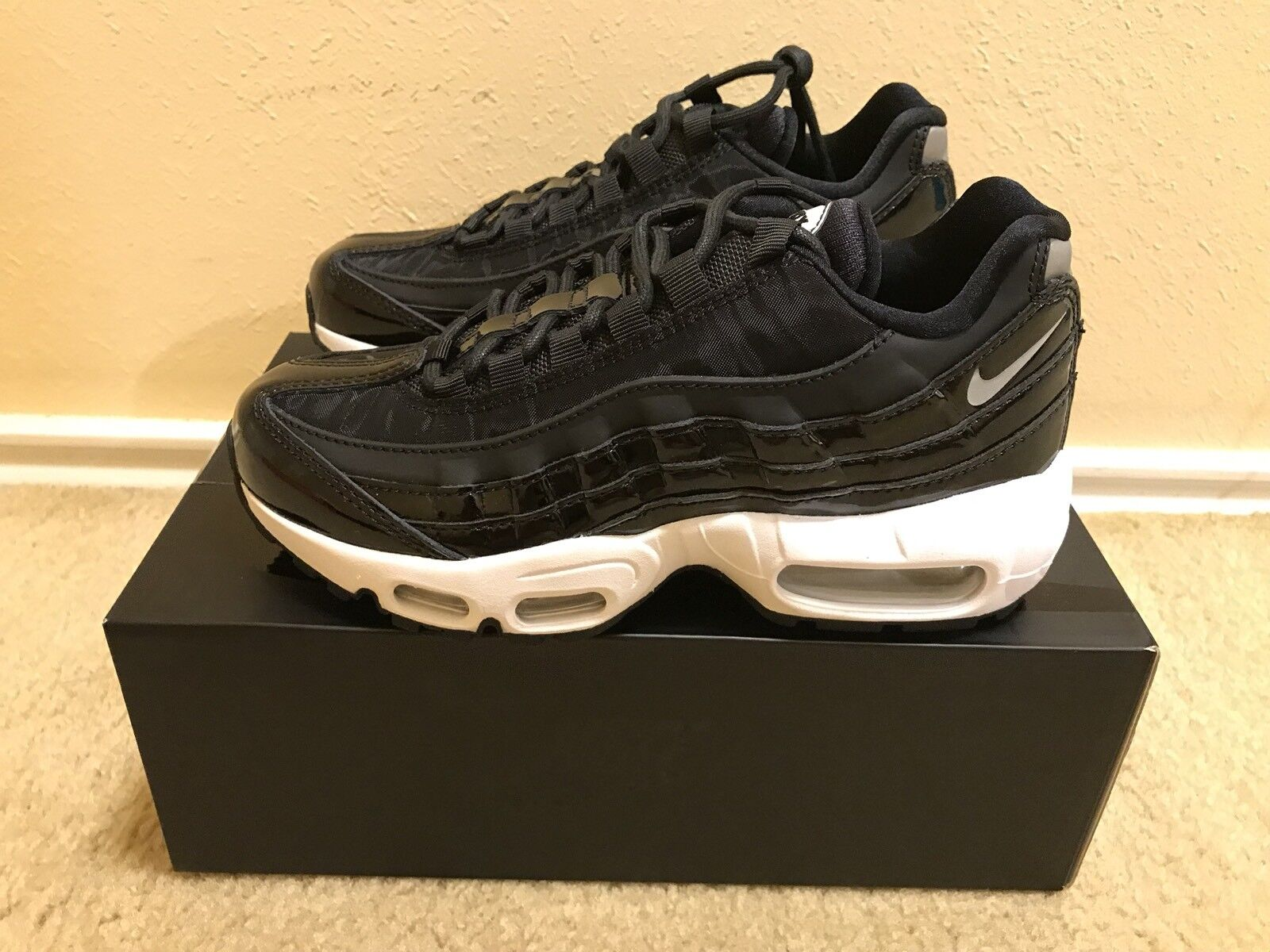 Nike Air Max 95 SE PRM Women's Size 5 Black Reflect Silver- Black AH8697 001 NIB