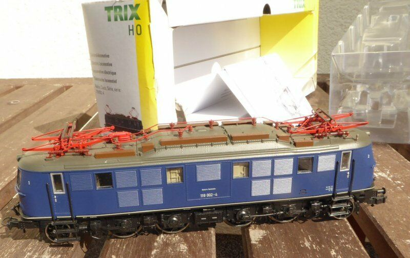 Trix 22606 h0 elektrolokomotive BR 119 002-4 delle DB DB DB ep.4 con DSS provati in scatola originale ae65f3