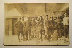 Foto-Ansichtskarte-Militaer-Soldaten-Kriegsgefangenen-Feldpost-1915