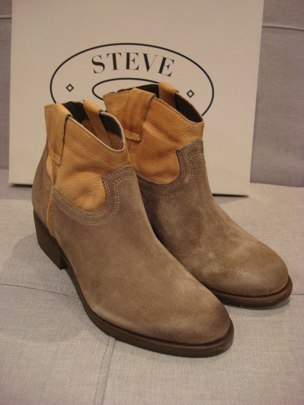 STEVE MADDEN Femme MIDNITE COWBOY ANKLE Bottes COGNAC Taille 6 Chaussures - BRAND NEW