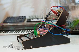 Korg-SQ-1-Volca-Staender-Trio-MIX-Bass-Keys-Beats-Sample-FM-Kick-Desktop-Stand