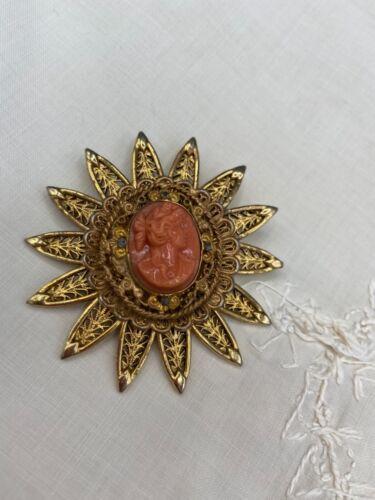 Vintage Avante Cameo  sunburst Brooch Pin Signed