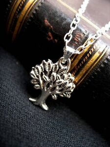 Silver-Tree-of-Life-Pendant-Necklace-Sacred-Oak-Wicca-Pagan-Gothic-Leaf-Charm