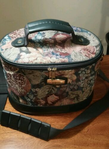 American Tourister Tapestry Train Case Makeup Luggage Bag