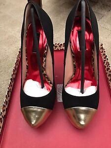 fredericks of hollywood sexy stiletto shoes 12406 black
