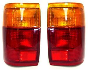 Set di sinistra destra posteriore coda luci