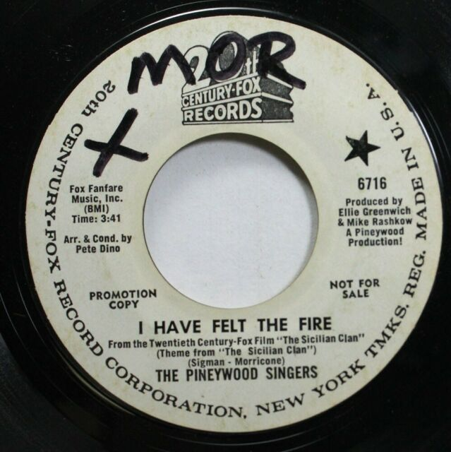 Pop Promo 45 The Pineywood Singers