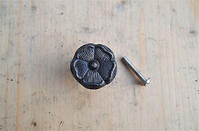 A ANTIQUE STYLE ENGLISH TUDOR ROSE IRON FURNITURE KNOB DRAWER DOOR HANDLE WH60