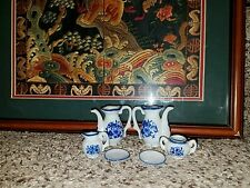 VINTAGE BLUE WHITE floral PORCELAIN CHILD'S MINI TEA SET SERVICE j89