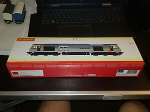 OO Gauge Hornby R3657 Class 60 Co-Co Loadhaul No: 60070 John Loundon McAdam