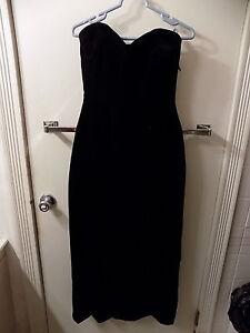 Vintage-Black-Velvet-Dress-Strapless-Size-8-Cocktail-Dress-Retro-Little-Black