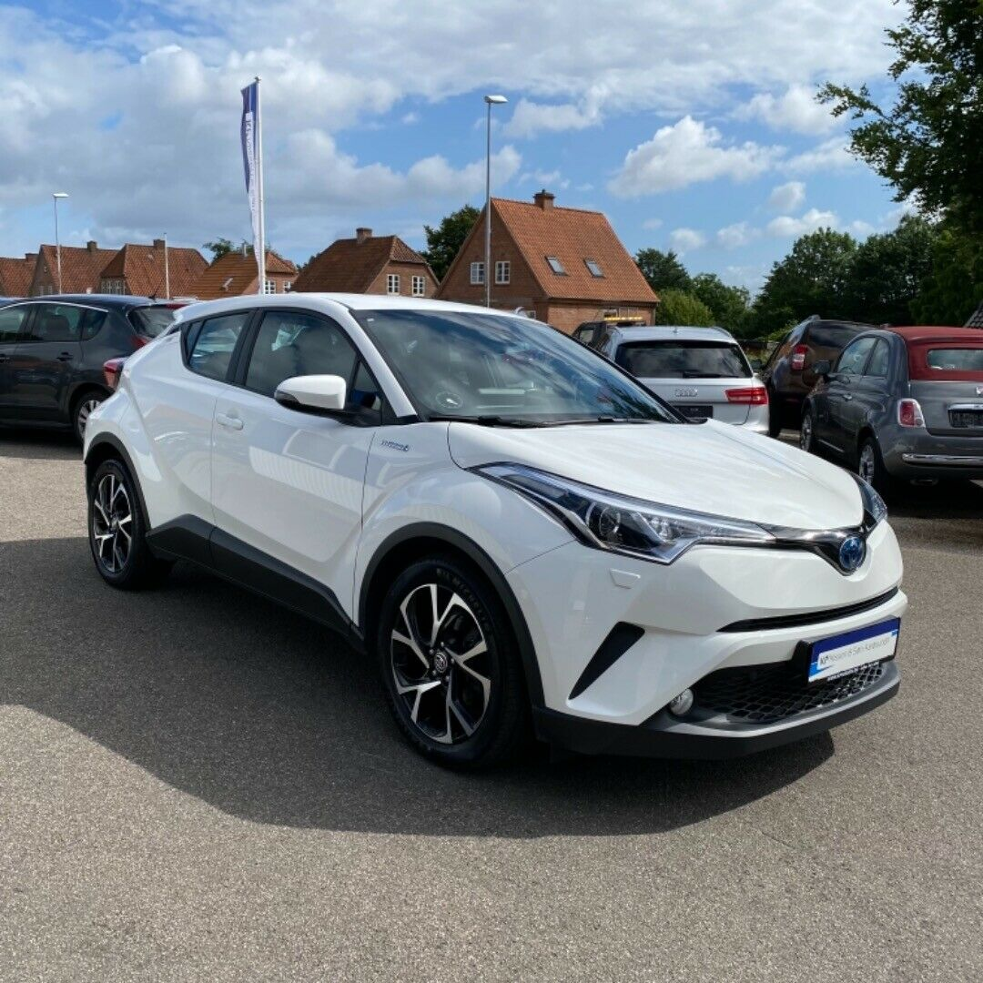 Toyota C-HR 1,8 Hybrid C-ENTER CVT 5d - 224.900 kr.