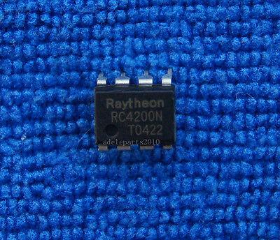 10pcs RC4200N RC4200 Analog Multiplier DIP-8