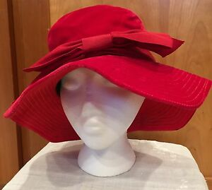 Vintage 1940s Ladies Red Velvet Floppy Hat Original by Dayne Union Made USA