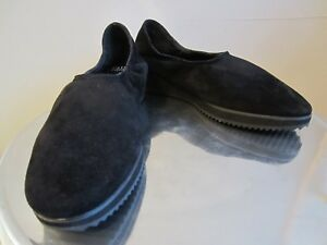 789ba2d8ef6 Eileen Fisher Sz. 8.5M MELLOW Black Suede Platform Wedge Shoes