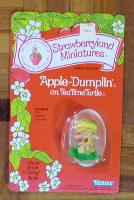 STRAWBERRYLAND MINIATURES Apple Dumplin Tea Time Turtle Pvc Figurine MOSC NEW