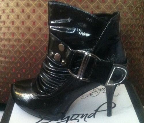 Women/'s Black High Heel Rhinestone Ankle Boots Size 10