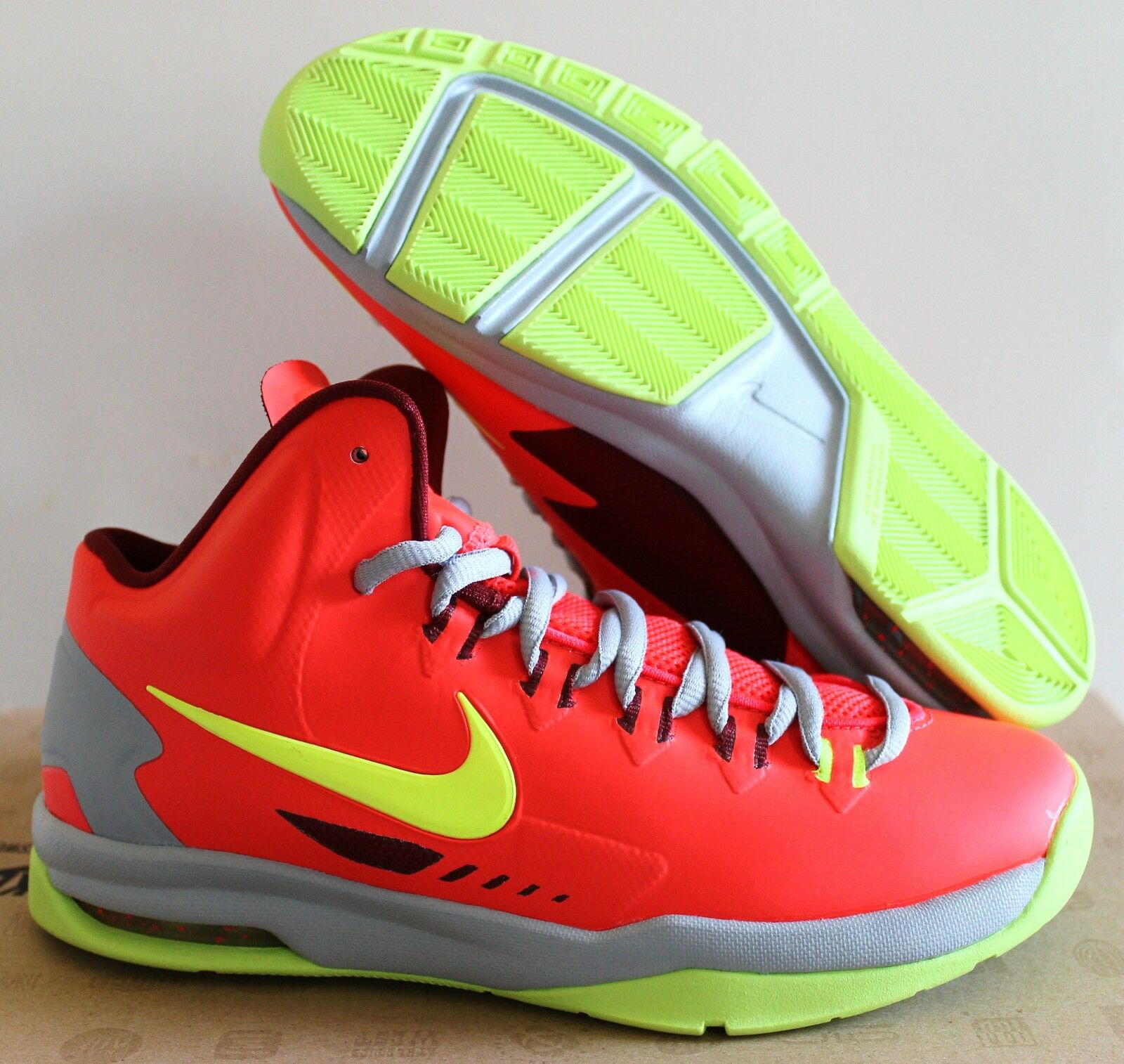 NIKE (GS) KD V 5 BRIGHT CRIMSON-WHITE-WOLF GREY SZ 4.5Y=WOMEN SZ 6 [555641 600]