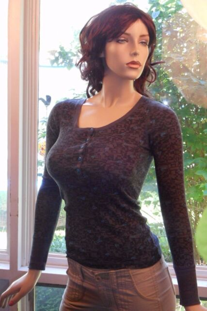 Nollie Size S Dark Gray Long Sleeve Button Front Blue Hearts Jersey Style Top