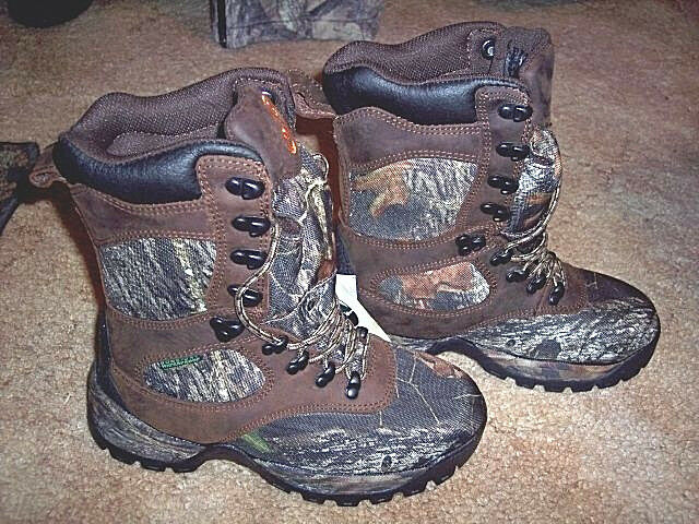 Womens 6 R Camo Hunting Boots Water Proof 400 G Insulated Hiking Boots Mossy Oak