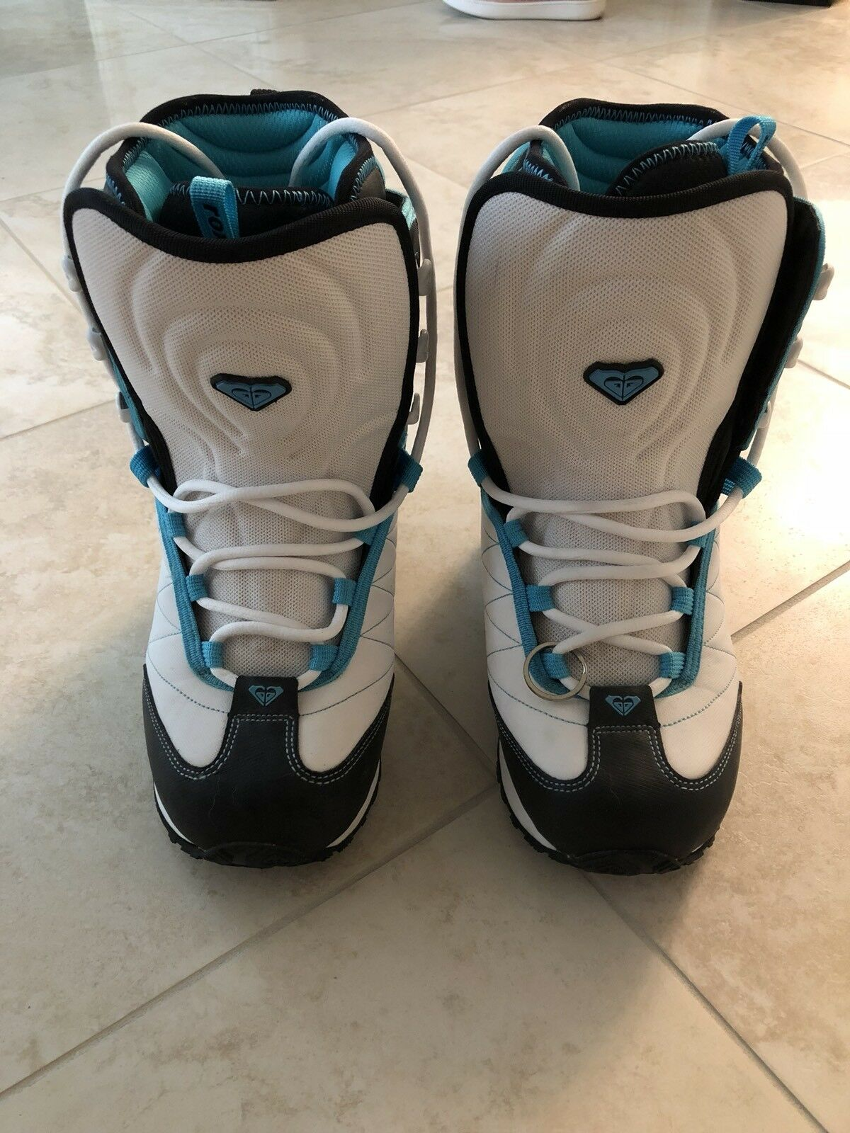 New roxy snowboard boots teal & white womens size 9