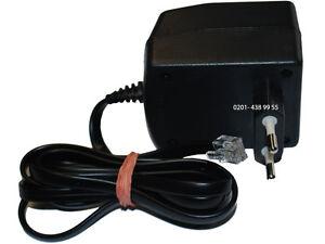 Netzteil  Type NG000052 Output 46V//300mA-45V//30 mA-9V//200mA Adapter