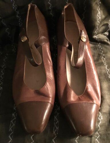 CHANEL Vintage Two Tone Mary Jane Cap Toe Pump Sho