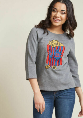 Modcloth Popcorn Pullover Sweatshirt size Medium M
