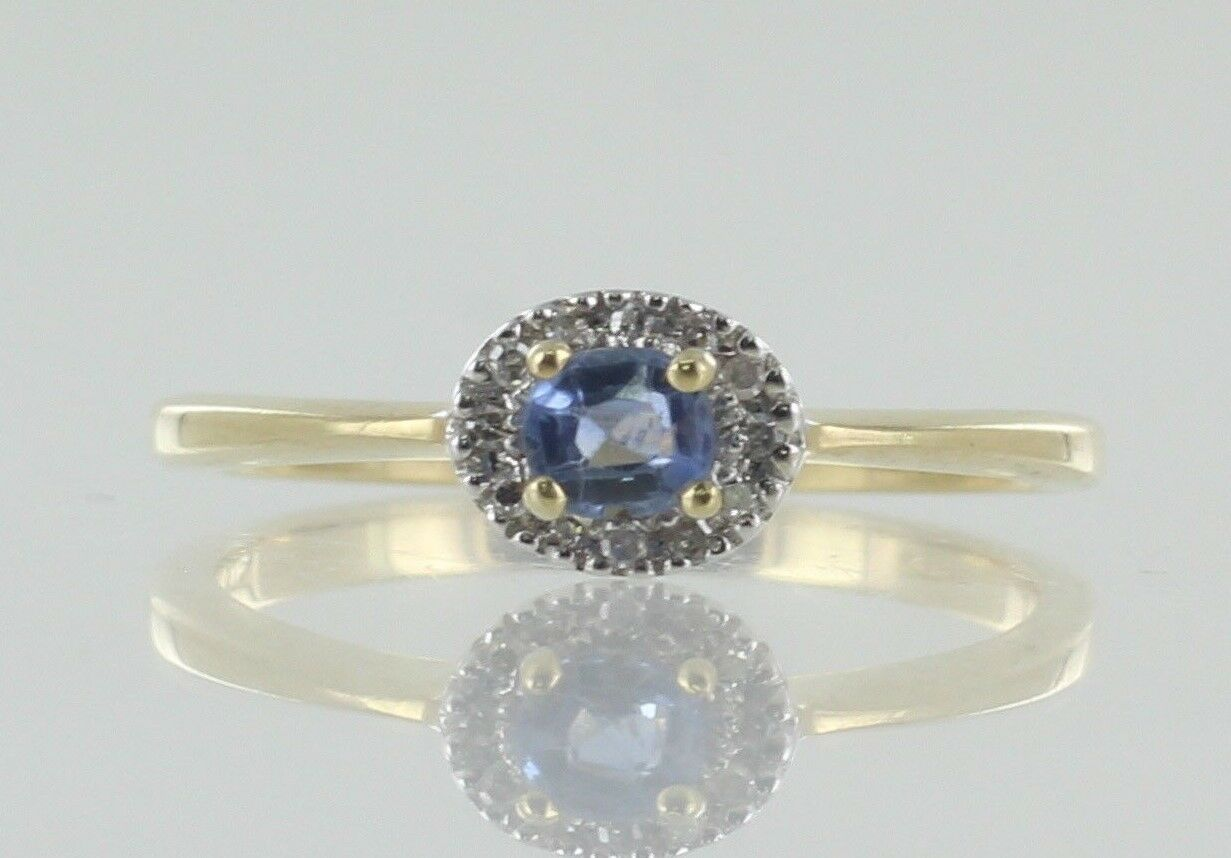 9ct Sapphire And Diamond Dress ring. Untreated Natural Sapphire With Certificate