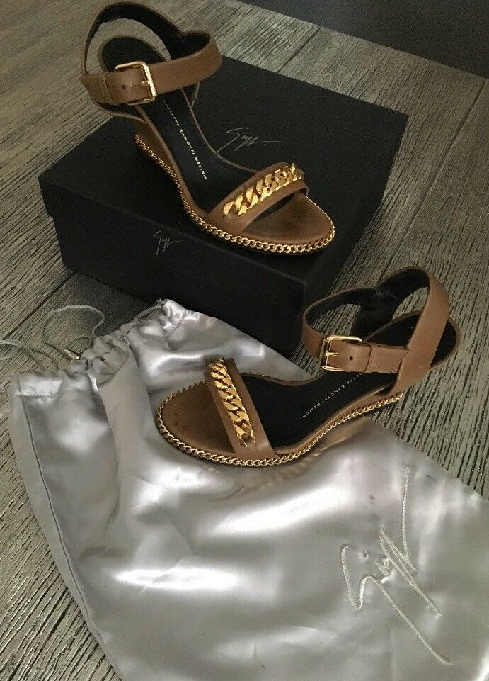 Auth Giuseppe Zanotti Brown gold Wedge Chain Strap Sandals Sandals Sandals Size 39   9.5 E40112 4a6504
