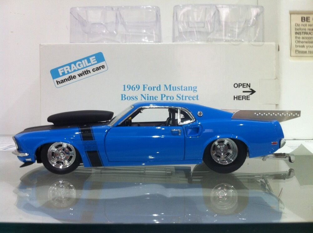 Franklin   Danbury Mint 1 24 69 Ford Mustang Boss Nine Pro Street Dragster MOPAR