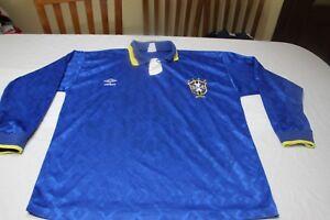 Camiseta-VINTAGE-SELECCION-BRASIL-UMBRO-90s-TALLA-XL-long-sleeve-SHIRT-Away