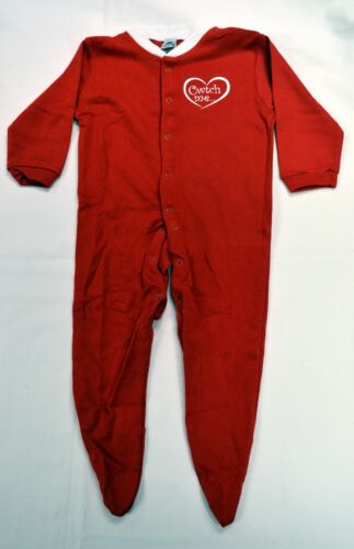 "6-9 months WALES /""CWTCH ME/""  design RED BABYGROW Cymru Welsh"