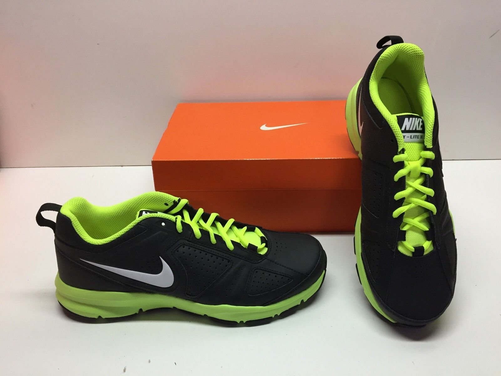 288c6a3df59 Nike T-Lite XI 11 Cross Training Black Green shoes Mens 9.5 Sneakers Running  ntyaua5248-Athletic Shoes